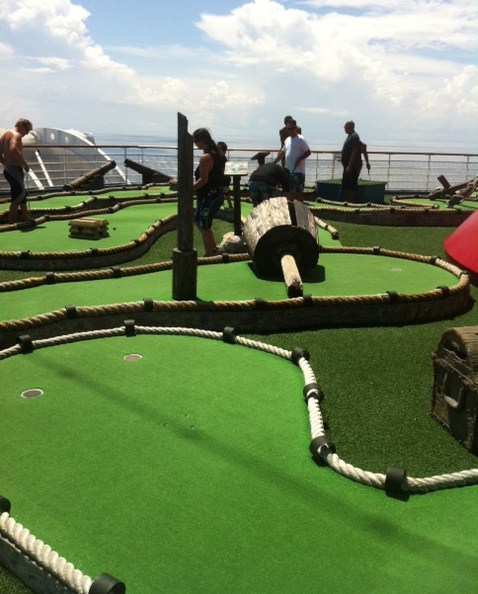 Carnival Destiny Mini Golf