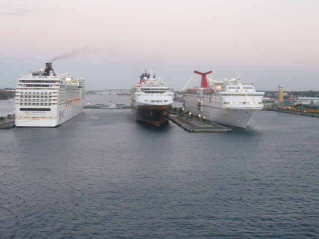 Leaving ships in Nassau Harbour