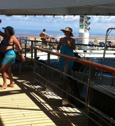 Group Cruise Photo on Carnival Destiny