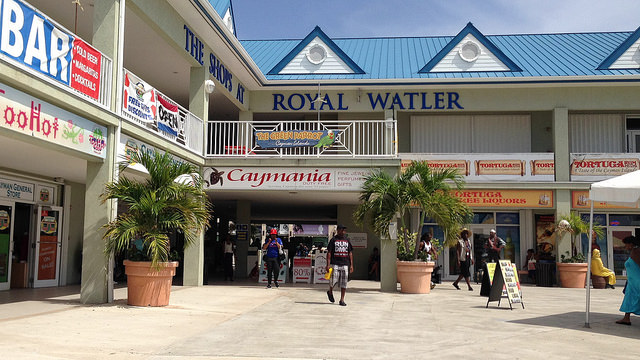 shopping in grand cayman for jewelry plus
